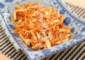 Острый салат с кальмарами по-корейски