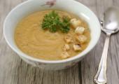 Суп овощной с сухариками