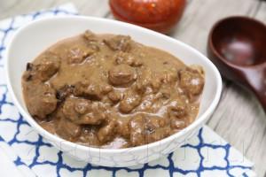 Тушеная говядина в сметанно-черносливовом соусе 9