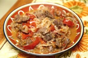 Тушеная говядина по-гречески