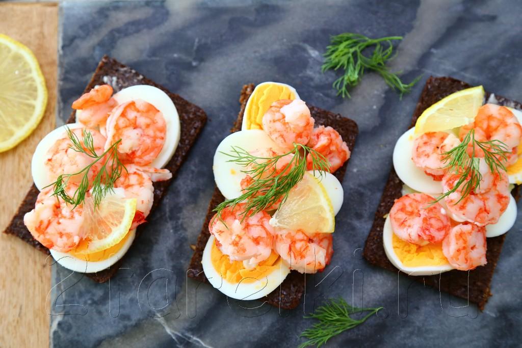 Шведские бутерброды с креветками 5