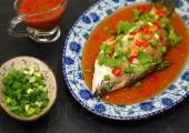 Рыба на пару в остром соусе с соевой пастой