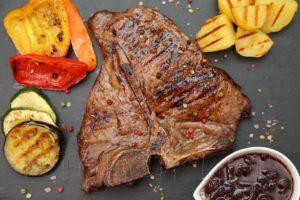 Тибон-стейк (T-bone steak) в вине