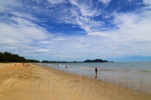 Пляжи восточного побережья Малаккского полуострова. Малайзия.