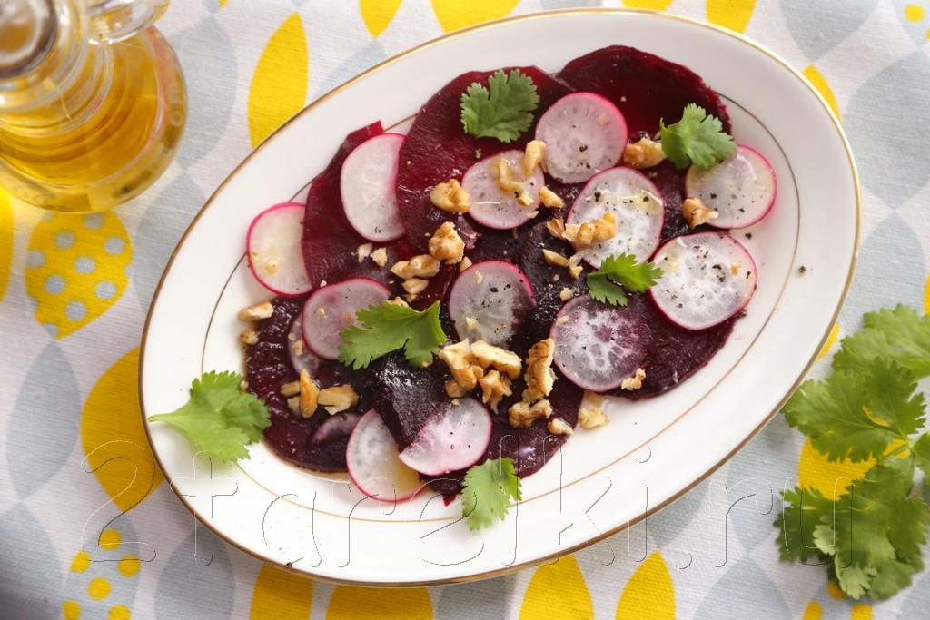 Салат из свеклы с редиской