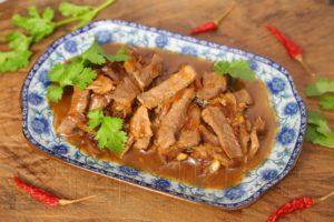 Говядина по-азиатски в устричном соусе